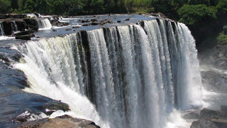 Lumangwe-Falls-15